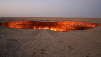 inferno_darvaza-turkmenistan_th_1217